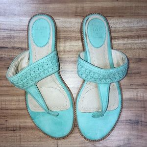 Frye Mint Green 7.5 thong Sandals